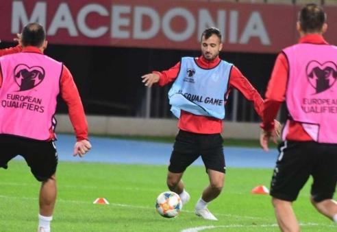 Македонската фудбалска репрезентација ги почна подготовките за мечот со Словенија