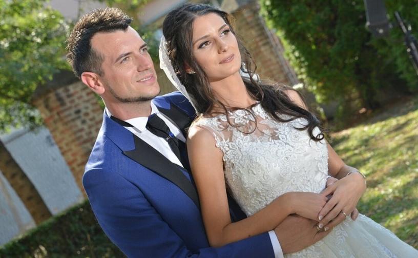 ФОТО: Белов ги објави највозбудливите фотографии од свадбата, а напиша и емотивна порака за тазе сопругата
