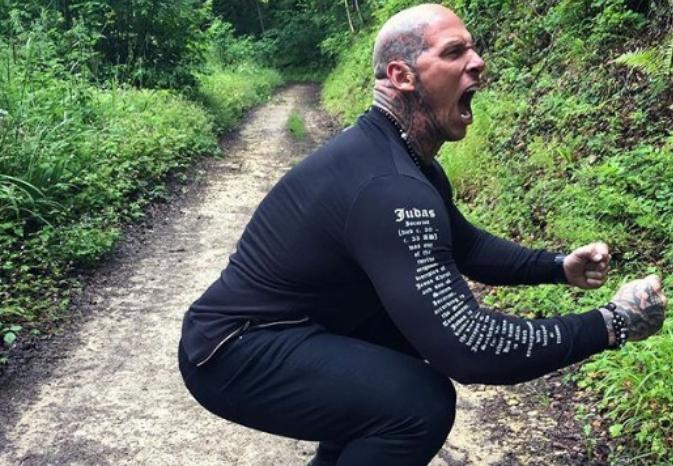 Тежи 150 килограми: Најсилниот билдер мора да јаде на секој час (ФОТО)