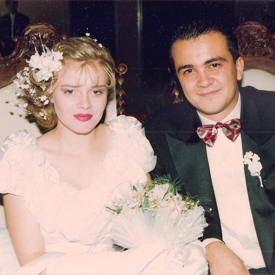 ФОТО: Македонската спикерка прослави 25 години брак со сопругот- ќе ја препознаете ли на оваа фотографија?