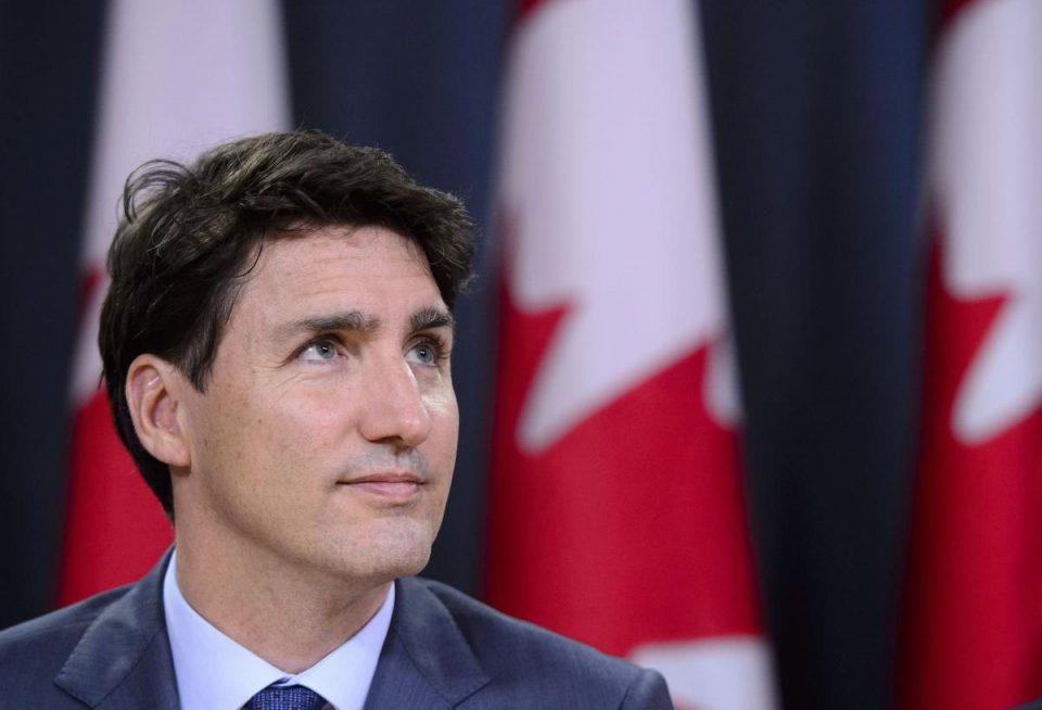 Канадскиот премиер Трудо освои втор мандат