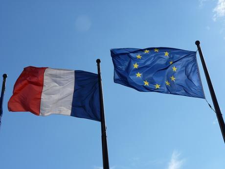 Македонија и датумот за преговори топ тема во Франција