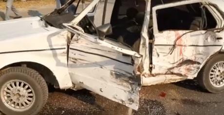 """ФОТО: Страшна сообраќајка во Карпош- Џип поминал на црвено и смачкал """"голф"""", тројца повредени"""