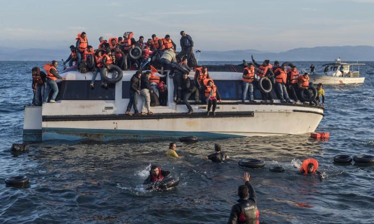Во Средоземно Море спасени 44 мигранти