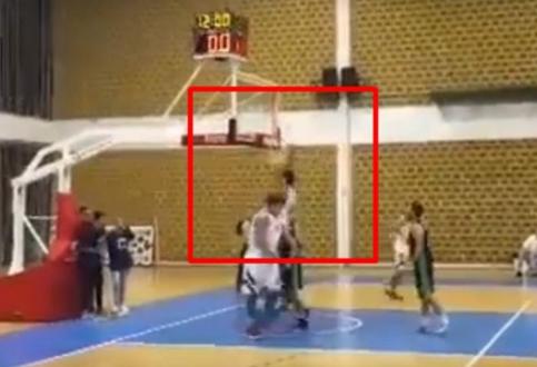ВИДЕО: Миличиќ се врати и за малку не ја скрши конструкцијата од кошот