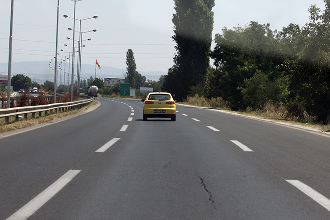 Сообраќајот умерен по претежно суви коловози