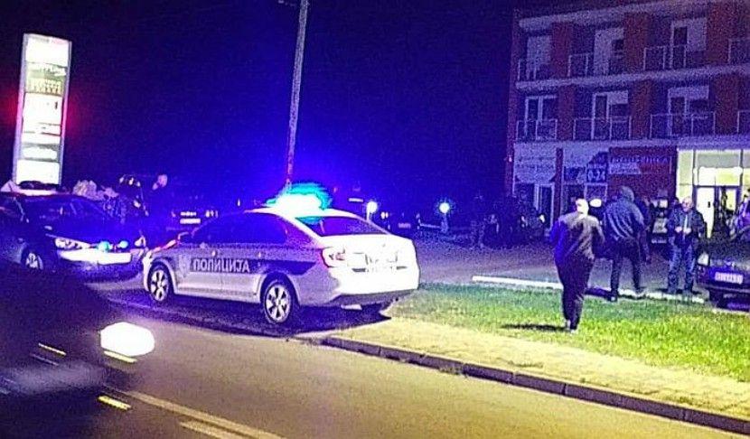 Амиџиќ седел во кафуле со пријателите, а убиецот му бил зад грб- го изрешетал со пиштол пред сите (ФОТО)