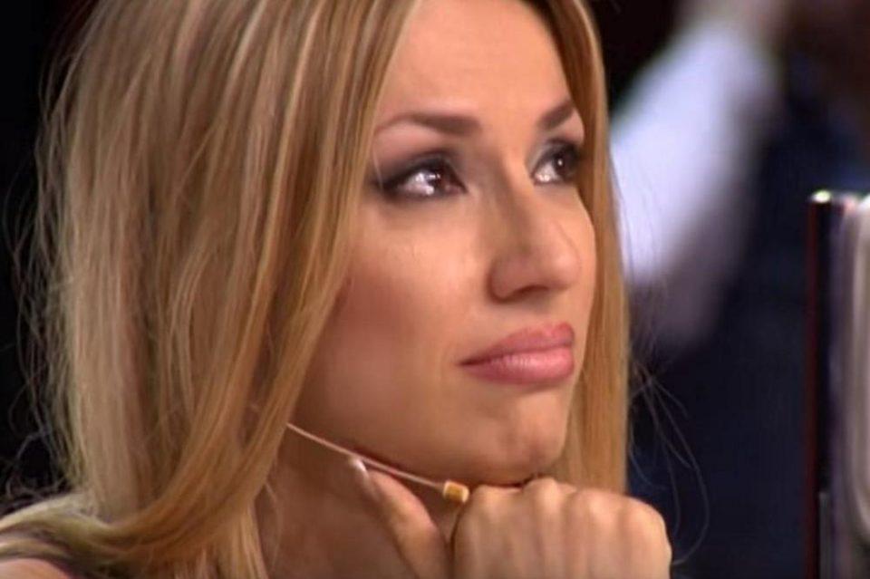 15 тажни години без мама: Рада Манојловиќ објави од кого ја наследила убавината, а овие нејзини зборови ќе ве расплачат (ФОТО)