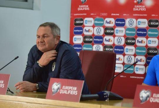 Скандалозно однесување на селекторот на Словенија на официјалниот прес во Скопје