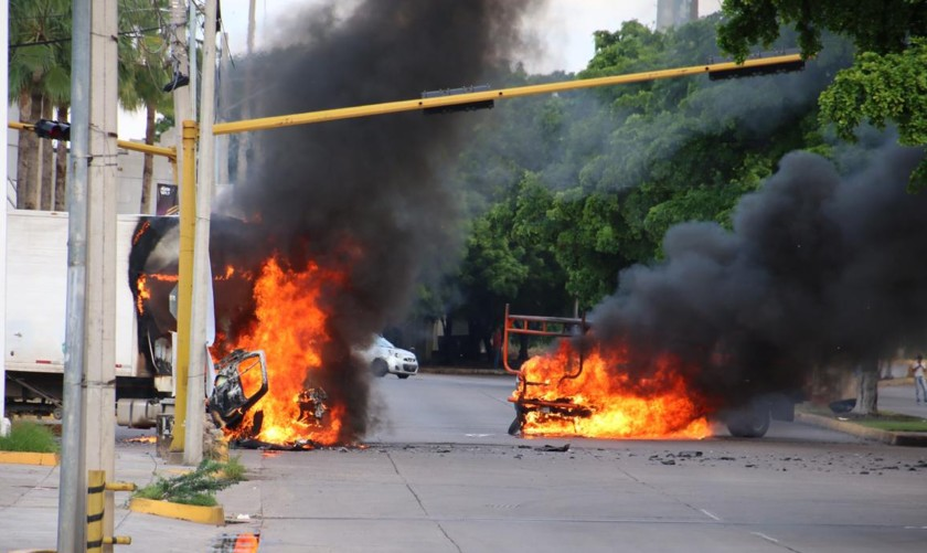 Во Мексико 13 загинати во инциденти поради апсењето на синот на Ел Чапо