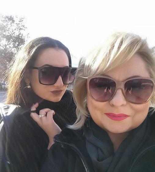 ФОТО: Ќерката на Сузана Спасовска правеше моминска забава – со другарките помина незаборавна вечер