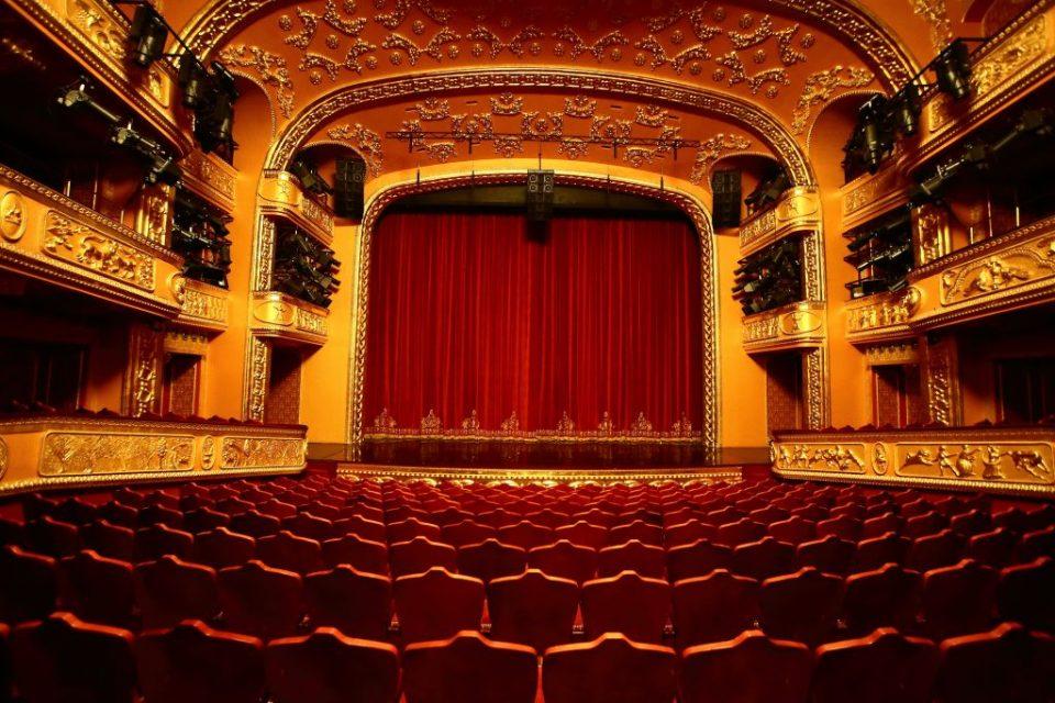 Се отвораат кината и театрите, ќе работат според посебен протокол