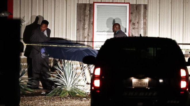 Уапсен осомничен за убиството на двете лица на забава во Тексас