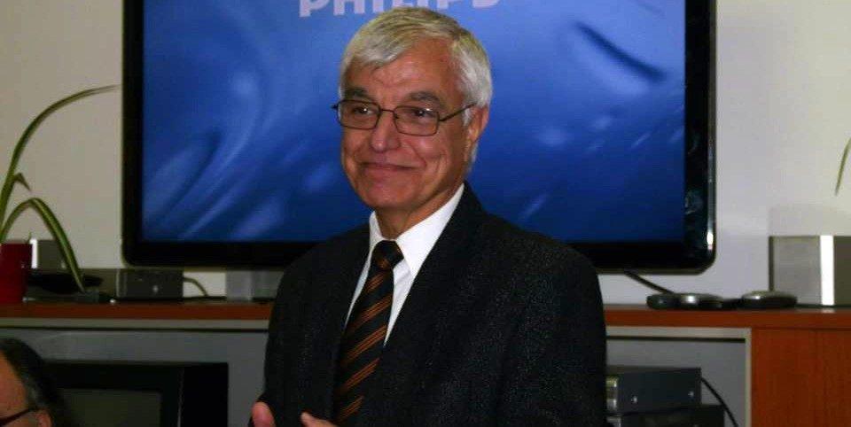 Збирка книжевни критики и есеи од Васил Тоциновски