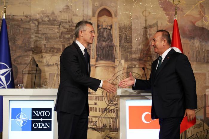 Столтенберг побара воздржаност од Турција за операцијата во Сирија