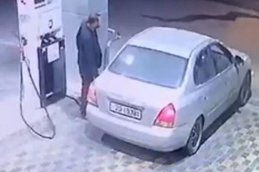 Наточил гориво, па побегнал без плаќање – гадно зажалил една секунда подоцна
