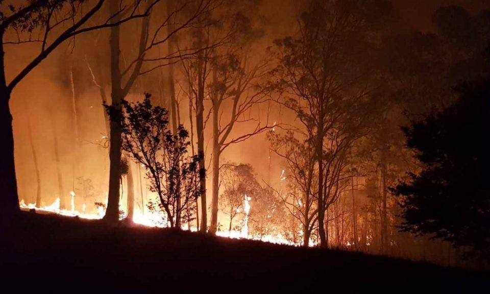 Моето срце е на сите делови: До темел изгоре семејниот дом на холивудскиот актер во страшниот пожар во Австралија (ФОТО)