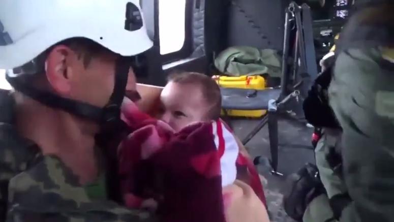 ВИДЕО: Дете спасено со хеликоптер во Албанија