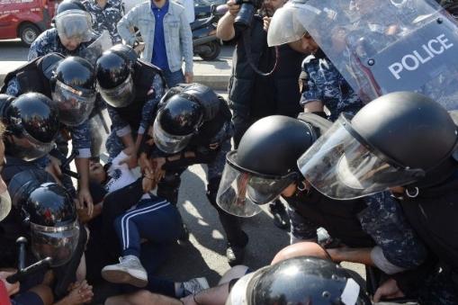 Прва жртва во протестите во Либан