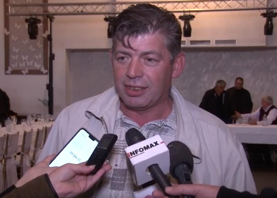 ВИДЕО: Министерот за земјоделие избега од соочување со сточарот од Велес