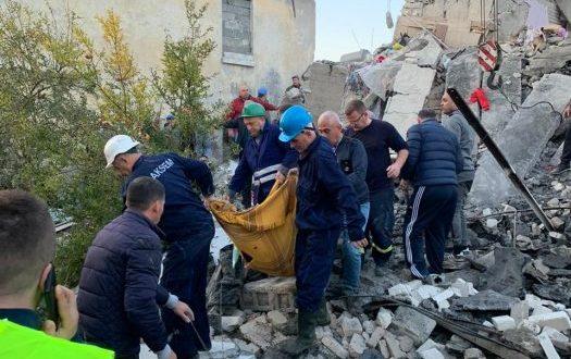 Бројот на загинати во земјотресот во Албанија се искачи на 22 лица