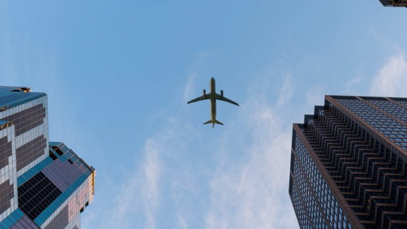 Од мај ќе летаме со авион по нови правила поради коронавирусот