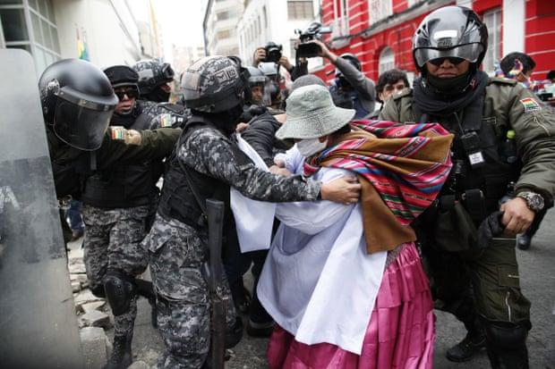 Нови судири во Боливија меѓу приврзаниците на Моралес и полицијата