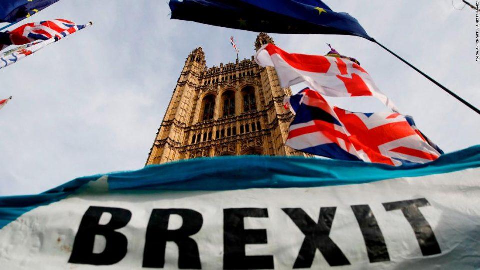 Јункер: Лондон ја напушта ЕУ до 31 јануари