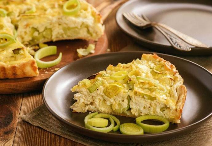 Рецепт на денот: Домашна пита со праз и сирење