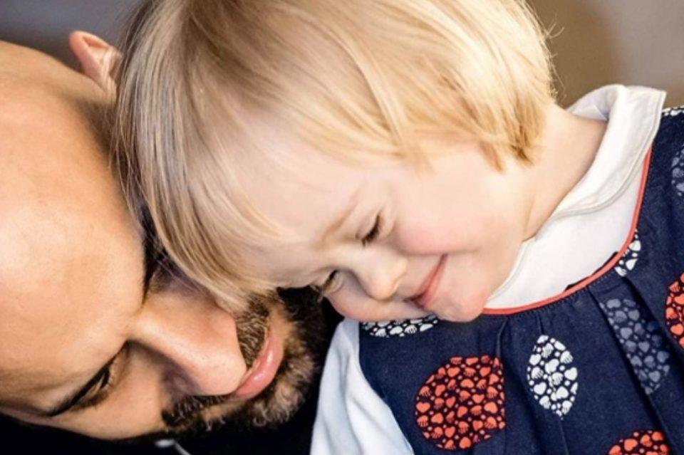 Дете со Даунов синдром било одбиено од 20 семејства, а потоа се појави овој прекрасен самохран татко (ФОТО)