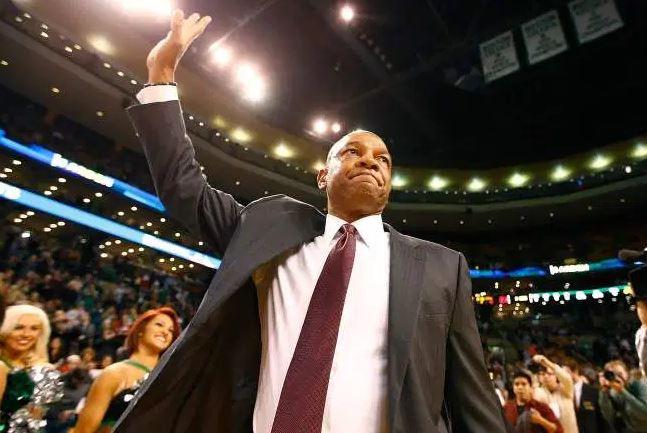 Док Риверс ја забележа победата бр. 900 како НБА тренер