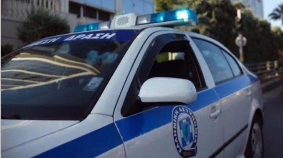 Две лица загинаа: Се преврти јахта на грчко пристаниште