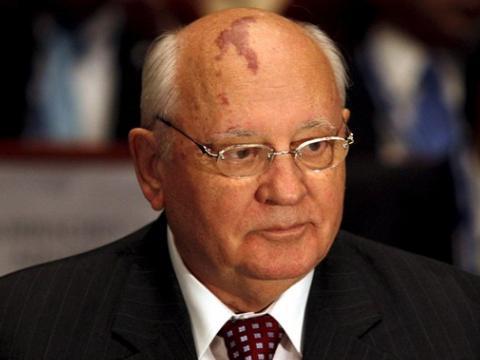 Горбачов: Светот е во колосална опасност од нуклеарен судир