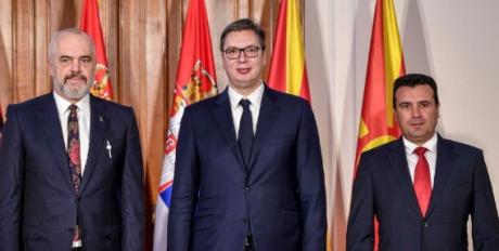Во сабота нова средба на Заев, Вучиќ и Рама во Охрид