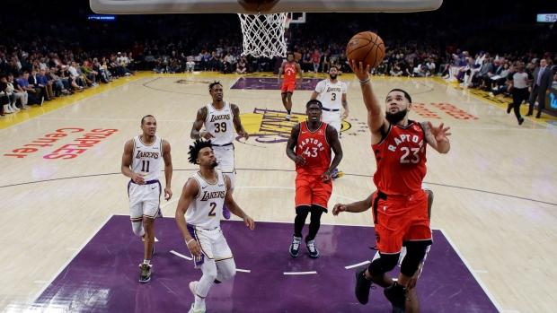 Шампионот Торонто им го нанесе вториот пораз на Лејкерс оваа сезона