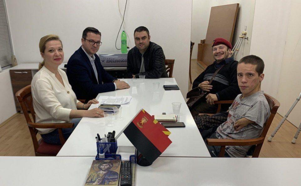 Василевска иТрипуновски остварија средба со лица со посебни потреби од струмичко
