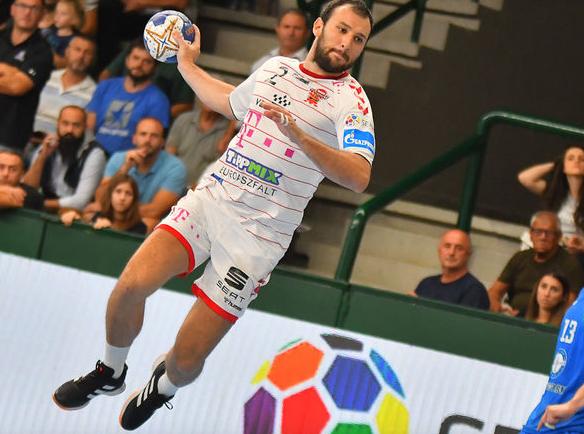 Манасков игра блескава сезона, со 60 гола е трет најдобар стрелец во Веспрем