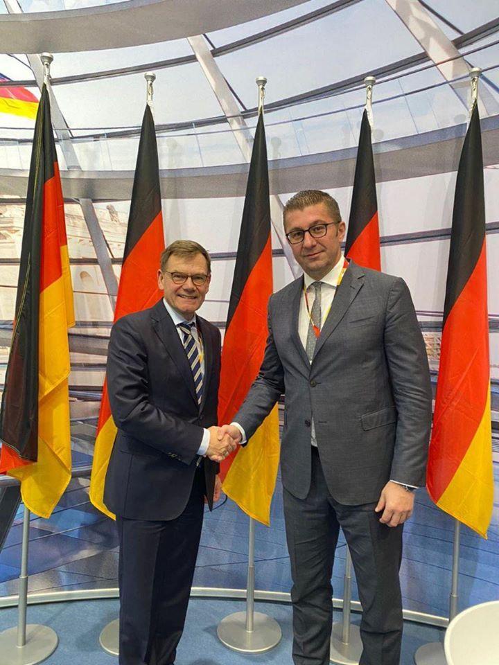 Мицкоски на средба со германскиот пратеник и заменик координатор на парламентарната група на ЦДУ-ЦСУ Јохан Давид Вадефул