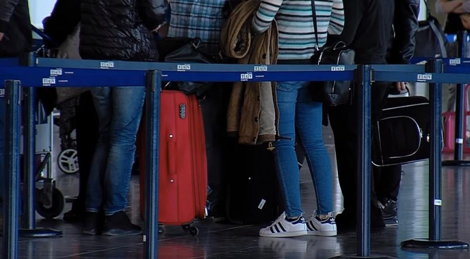 Зошто младите ја напуштаат Македонија?