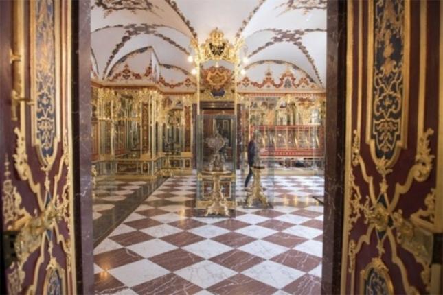 Германија нуди 500.000 евра за информација за грабежот на музејот во Дрезден!!