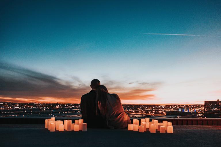 Што се случува кога сте целосно отворени со некој што го љубите?