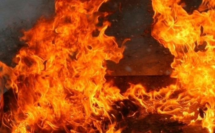 Пожар во Скопје: Гореше автобус на ЈСП