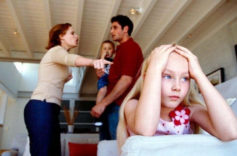 """Родители, овие ваши мисли се """"забранети"""" – ви поминуваат низ глава, но тоа е погрешно"""