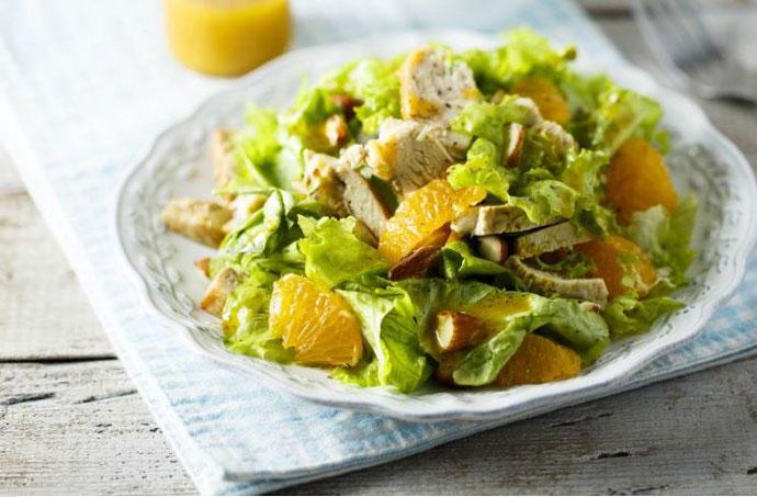 Здраво, вкусно и лесно: Салата со пилешко и портокал