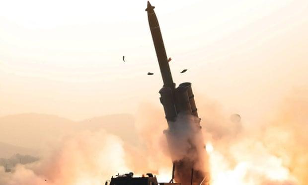 Северна Кореја извела тестирања на повеќецевни ракетни фрлачи