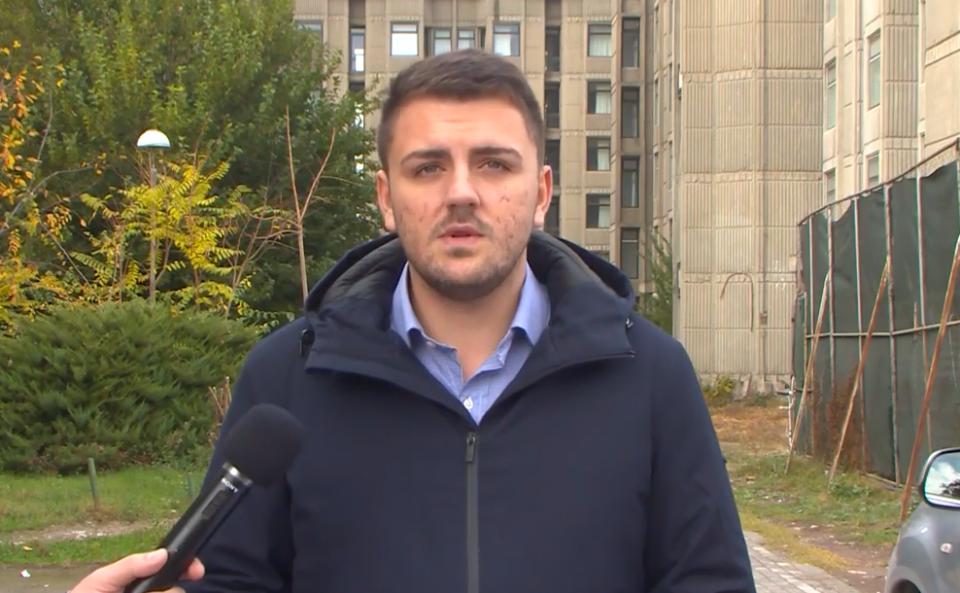 Попов: На Каевски не му е гајле за младите затоа што додека тој седи во удобната фотелја фирмата на неговите родители ниже државни тендери