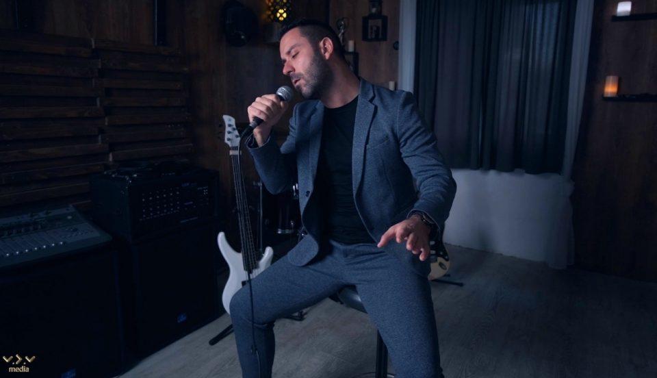 Бура од емоции: Стефан сними кавер-верзија на најубавата балада од Тоше Проески (ВИДЕО)