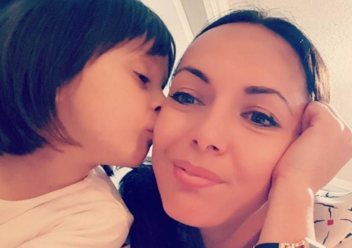 Трогателно и жално: Сопругот загинал во 2015, а силниот земјотрес го спои тричленото младо семејство на небото (ФОТО)