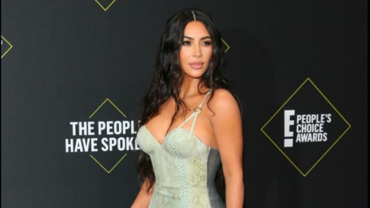 Фото: Ким Кардашијан блескаше во претесниот фустан