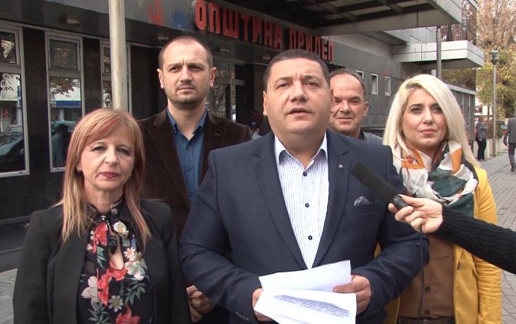 Ристевски: Цел месец роднини му граделе без дозвола во центарот на градот, а градоначалникот дури сега дознал